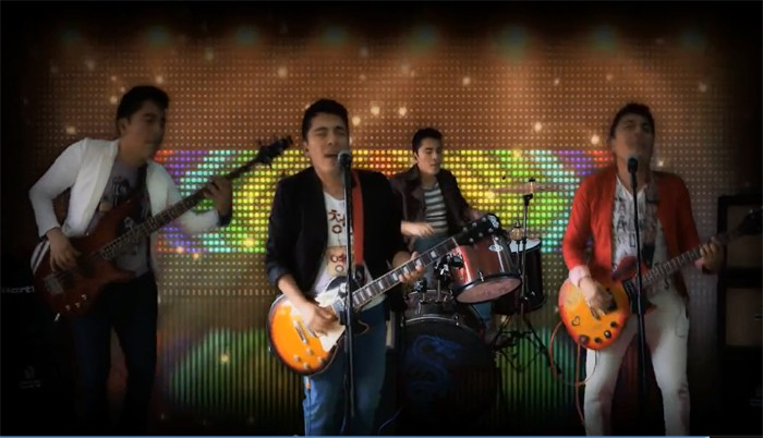 An image is captured from a video produced by Colombia's Abel Torres Quintero, which topped the 'Arirang' video contest. The group rearranged 'Arirang,' a traditional Korean folk song, and turned it into rock 'n' roll. The team received many online votes.