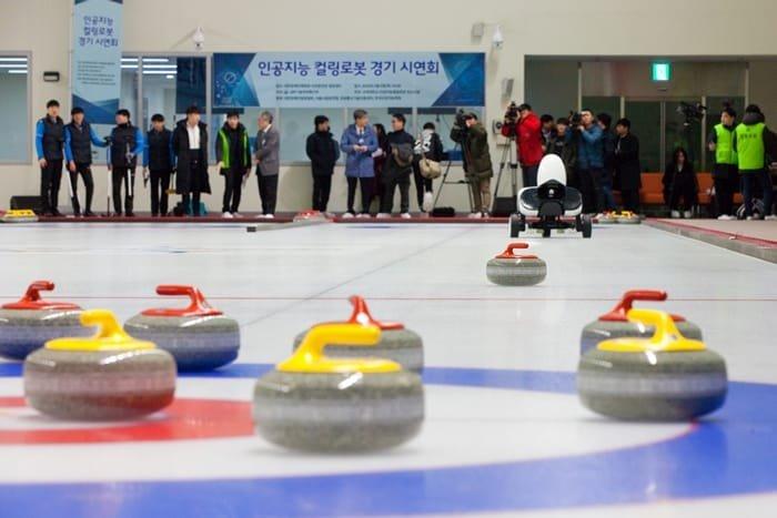 curlingrobot_in.JPG