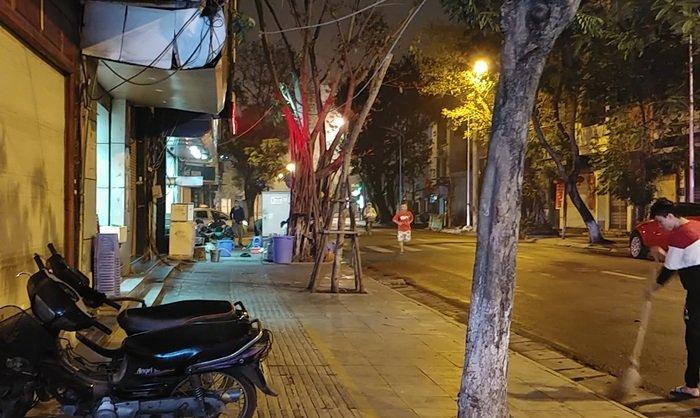 28일 오전 5시 베트남 하노이 시내의 풍경.