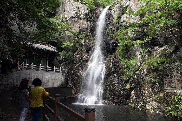 Tourists appreciate the Hongryong Falls in Yangsan, Gyeongsangnam-do (South Gyeongsang Province).