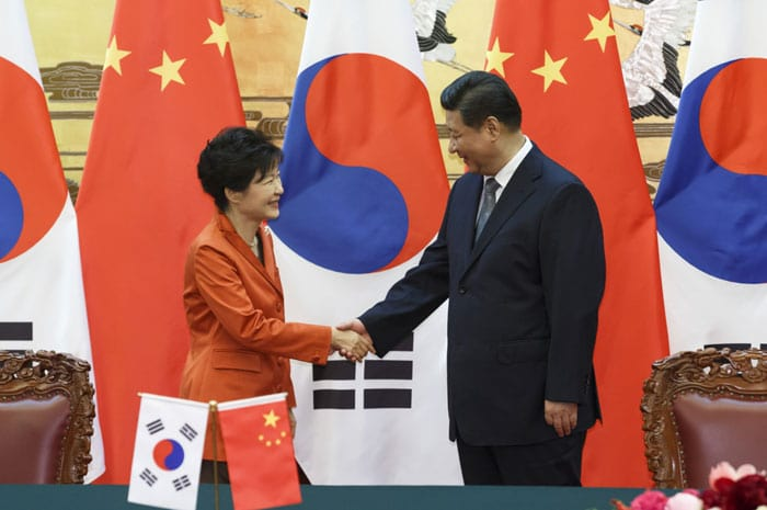 Park Geun-hye will visit China early next month to attend its celebration of the 70th anniversary of the end of World War II. The above photo is from the Korea-China summit President Park held with Chinese President Xi Jinping in Seoul in November 2014.