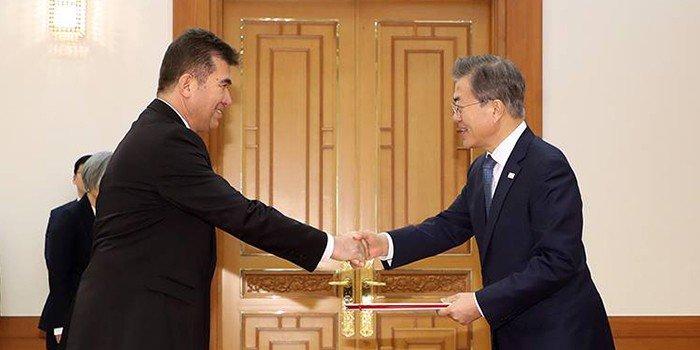 New_Ambassadors_Korea_0201_05.jpg