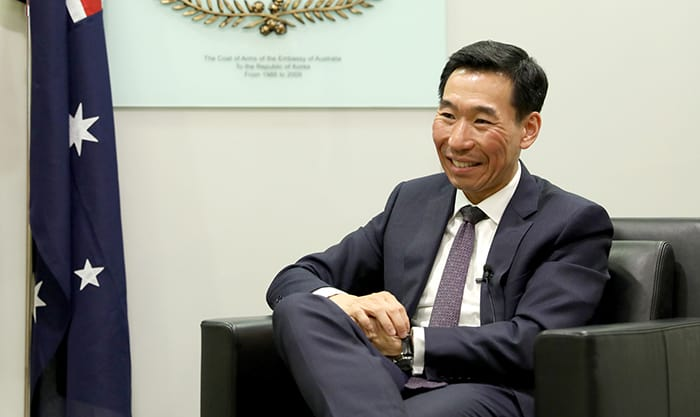 Australian Ambassador to Korea James Choi said on April 17 that forging a sense of dialogue and trust-building between the South and the North are the most important tasks for the establishment of peace and denuclearization on the peninsula.