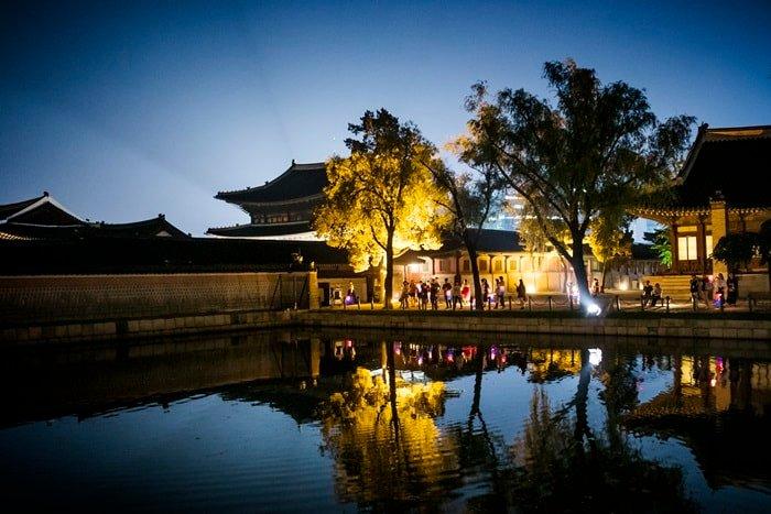 Enjoy summer evenings at Gyeongbokgung Palace